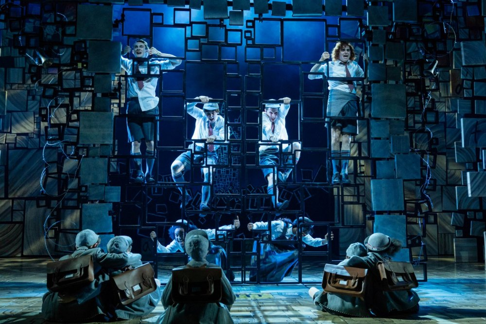 9-RSC Matilda The Musical UK & Ireland Tour. Photo Manuel Harlan